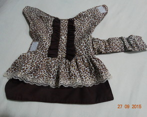 VESTIDO PET BABADOS MARRON G e GG