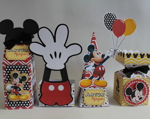 Kit Papelaria Personalizada do Mickey
