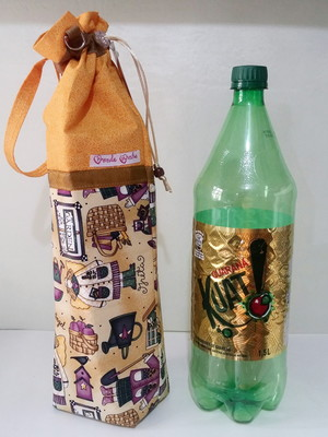 Bolsa Térmica p/ garrafa 1,5 L-Encomende