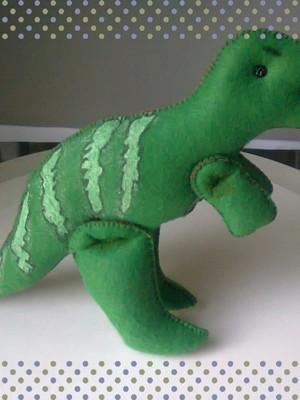 Dinossauro de feltro - Tiranossauro Rex