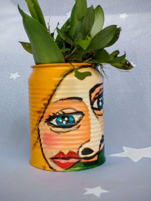 Picasso - lata pequena