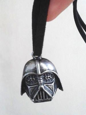 Colar Darth Vader