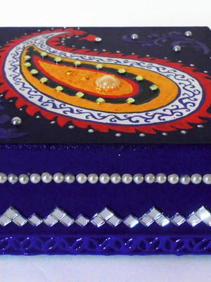 Caixa decorativa persa paisley roxa