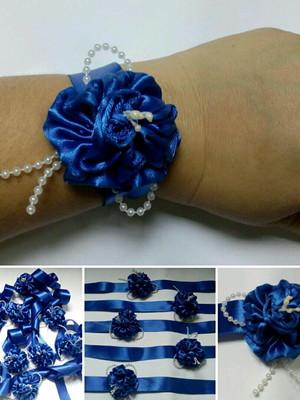 Corsage azul royal
