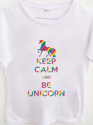 T-shirt Keep Calm Unicórnio