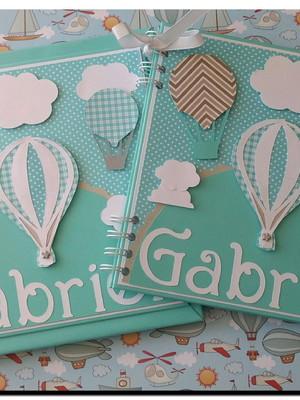 Livro do bebê e Caderno chá de bebê balões e nuvens