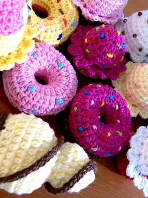 Mini doces em crochet