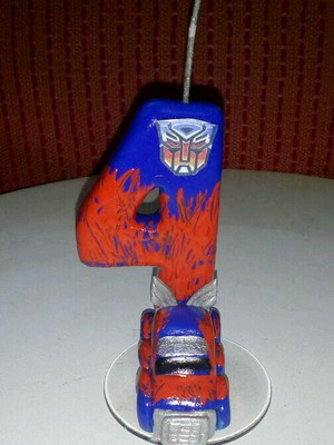 VELA BISCUIT TRANSFORMERS OPTIMUS PRIME