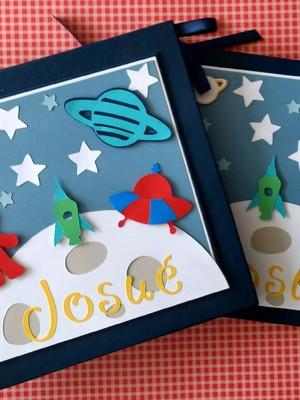 livro do bebê menino com caixa astronauta scrapbook