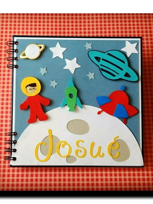 caderno maternidade e chá astronauta