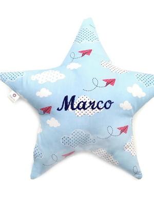 almofada estrela com nome bordado *