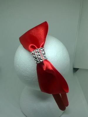 Tiara vermelha com laço de cetim