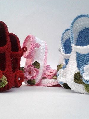 Ak3 Kit Com 3 Sapatinhos Croche menina ou menino 1 so frete