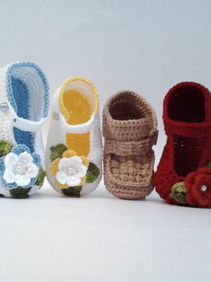 Ak4 Kit Com 4 Sapatinhos Croche menina ou menino 1 so frete