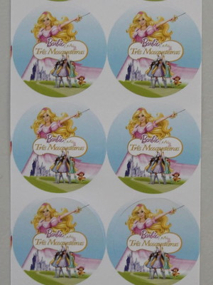Adesivo Redondo Barbie Três Mosqueteiras - 4cm (30 unid.)