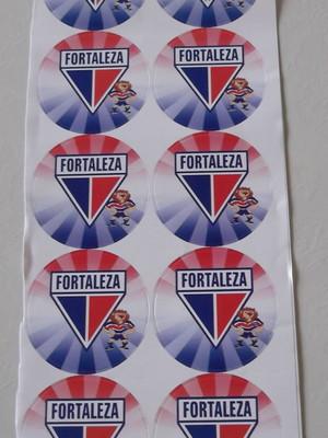 Adesivo Redondo Fortaleza 4cm (30 unid.)