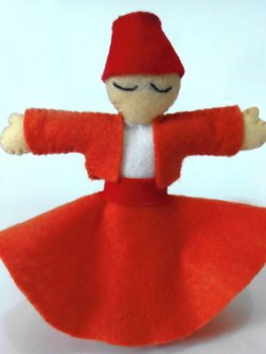 Boneco decorativo em feltro Dançarino Sufi - laranja