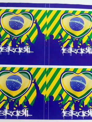 Adesivo Quadrado Brasil 7x7cm (20 unid.)