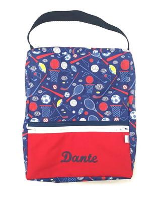 Necessaire tipo bolsa retangular com alça e nome *