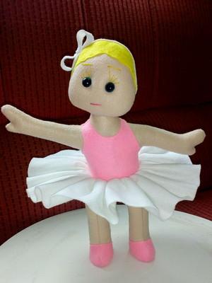 Boneca Bailarina Loira