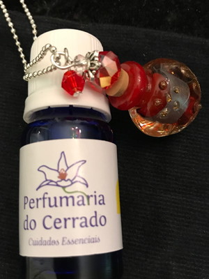 Perfume aromatizador 10 ml com Colar Perfumeiro