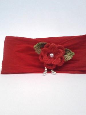 B2 Tiara vermelha de meia de fina flor croche e perola