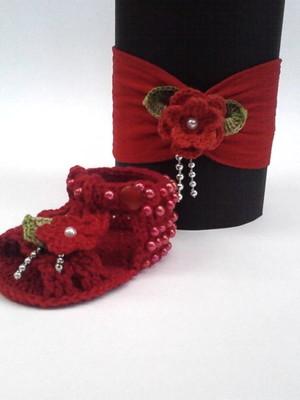A450 Sandalinha de croche vermelha + tiara meia seda menina