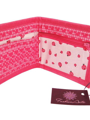 Carteira Prática estampa joaninhas tons de pink PROMOÇÃO