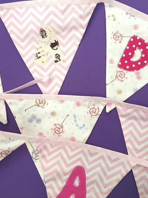 Bandeirinhas MADALENA tons de rosa para decoração infantil