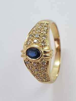 Anel de Ouro 18k com Safiras e Diamantes