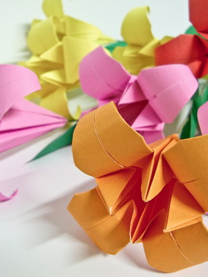 Lirio de origami (avulso)