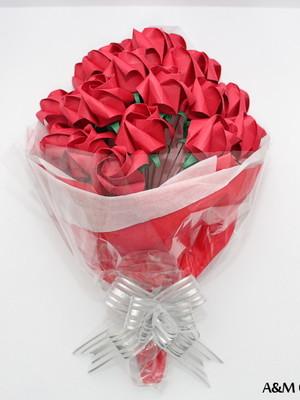 Ramalhete de rosas de origami