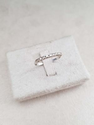 Anel (Meia Aliança) de Ouro 18k com Diamantes