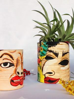 latas para plantas | releitura James Ensor