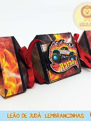 Caixa Bala Triangular hot wheels