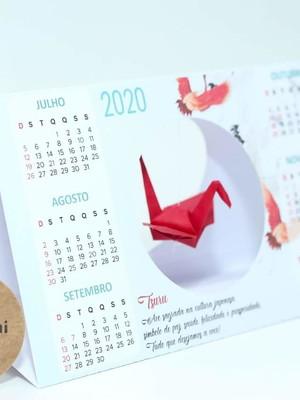 {Pronta entrega} Calendário de mesa com Tsuru - 2020
