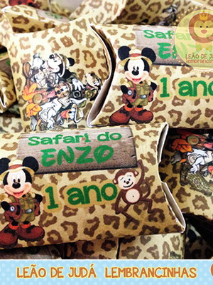 Bala personalizada na caixinha Mickey safári