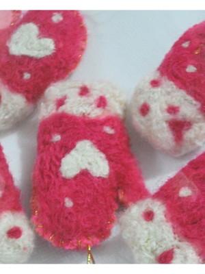 Luvinhas em lã feltrada
