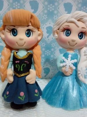 Frozen p/ decoração e dar de lembrancinha Anna e Elsa de EVA