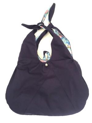 bolsa dupla face acolchoada com alças de nó e recortes *