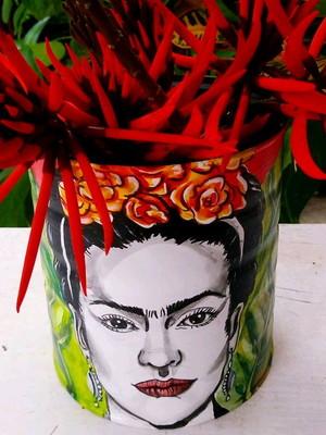 Frida Kahlo | lata para plantas