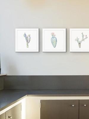 Trio de Quadros Decorativos com Vidro Tam.: 23 x 23 cm cada