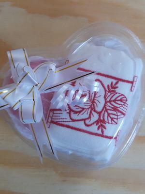 Kit de Presente Toalha + Sabonete M