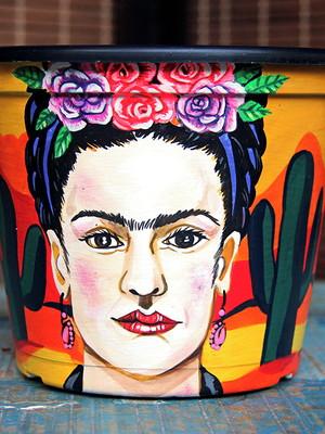 Frida Kahlo   vaso grande