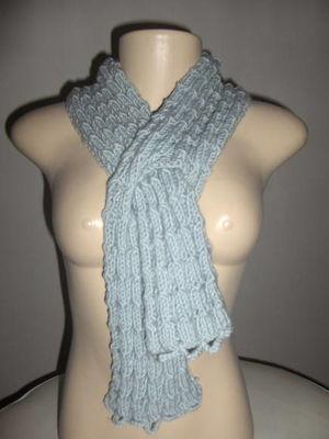 Cachecol em tricot transpassado