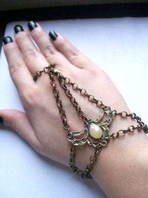 Slave Bracelete Art Nouveau Wing