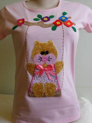 Camiseta Baby Look - Gatinha no balanço