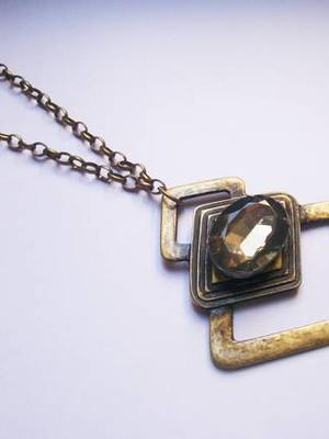 Colar Geometric stone