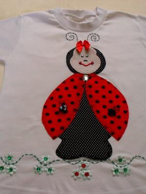 Camiseta Infantil - Dona Joaninha