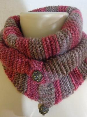 Cachecol xale em tricot Baktus